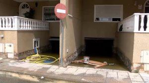 Anegada por completo la Vega Baja del Segura cinco días después de la riada