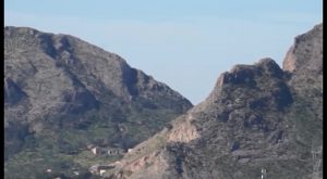 Rescatan a una senderista tras pasar toda la noche en la sierra de Orihuela por un ataque de lumbalgia