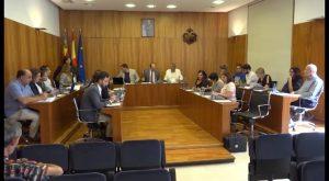El Pleno insta al Consell a mantener la sede central de la Oficina Agraria en Orihuela