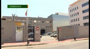 La Guardia Civil detiene en Torrevieja a once personas por tráfico de drogas en varios locales