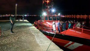 Cuatro pateras llegan hasta Torrevieja con más de una treintena de personas a bordo