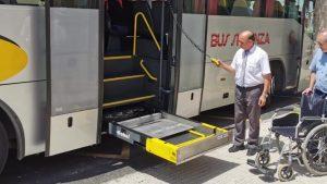 Benejúzar ya tiene autobús adaptado para viajeros con movilidad reducida