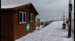 Las predicciones se cumplen: nieva en Torrevieja