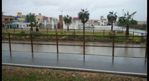 Después de la nieve, llega la lluvia a Torrevieja
