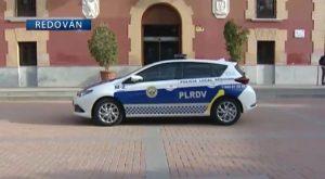 La Policía local de Redován suma a su parque móvil un nuevo vehículo híbrido.