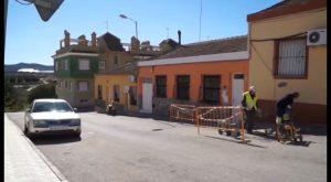 Renovación de acerado en las calles principales de Torremendo
