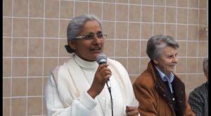 La Superiora General de la Congregación de Jesús-María visita el colegio del barrio de San Isidro