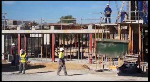 Empiezan los trabajos para mejorar el patio del colegio Poeta Miguel Hernández de Rojales