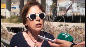 Vecinos de Los Huertos reclaman al Ayuntamiento de Orihuela que cubra una acequia