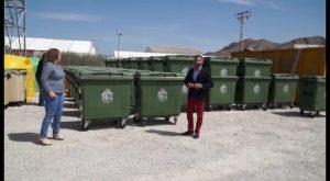 El Ayuntamiento de Orihuela renovará 250 contenedores y anuncia la ampliación de plantilla