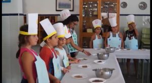 Setenta niños de Callosa asisten hasta septiembre a la Escuela de Verano Municipal