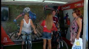 Habrá una ´fan zone´ solidaria en el Puerto Deportivo de Campoamor con motivo de la Vuelta Ciclista