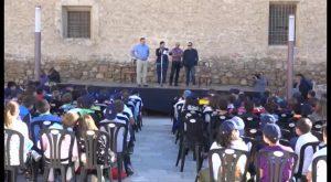 Jóvenes de la CV que asisten a colegios con el nombre de Miguel Hernández se dan cita en Orihuela