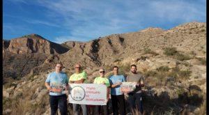 El Grupo oriolano de montaña GOM organiza jornada limpieza sendero de la Cruz de la Muela