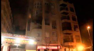 Dos personas trasladadas al hospital tras incendiarse su casa en Torrevieja