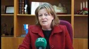 """Ana Serna, alcaldesa de Albatera : """"la prioridad es poner en orden todos los contratos"""""""