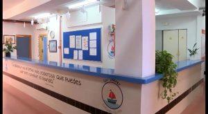 El Secretario Autonómico de Educación visita el CEIP Los Dolses y analiza sus necesidades