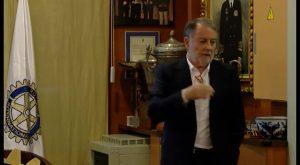 El ingeniero de caminos Pérez Maeso analiza la gestión de residuos sólidos en una charla