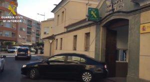 La Guardia Civil detiene en Callosa a un joven al que se le atribuyen medio centenar de delitos