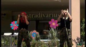 Las gemelas MAEL presentan su segundo single en un concierto