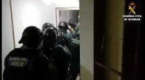 La Guardia Civil detiene en Torrevieja a 30 personas por tráfico de estupefacientes