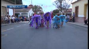 Cientos de vecinos participan en la retreta popular de Benejúzar