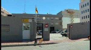 La Guardia Civil detiene en Torrevieja a los autores de un robo por el método peruano