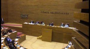Aprueban que los profesores interinos sin la capacitación en valenciano puedan volver a ejercer