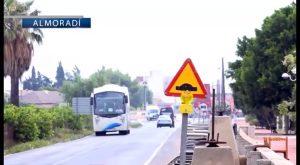 Instalan reductores de velocidad para mejorar la seguridad en la vía de acceso a Almoradí