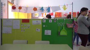 Almoradí estrena aula específica y ofrece a padres y profesores información sobre las discapacidades