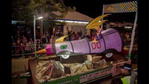 Más de 650 personas participan en el desfile de carrozas de Pilar de la Horadada