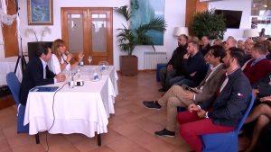 El PP informa a los residentes internacionales de los trámites para poder votar en las municipales