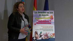 «Los animales no son juguetes» y en Orihuela lo saben