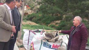 Trabajos de limpieza en la ladera del Monte San Miguel y el entorno del Seminario