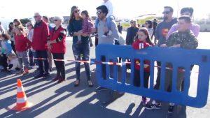 Más de 300 personas participan en la Recogida de Juguetes organizada por los bomberos en Torrevieja