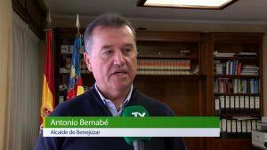 El alcalde de Benejúzar defiende sus peticiones al Consell para el Plan Edificant