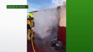 Arde un trastero situado en la azotea de un edificio callosino