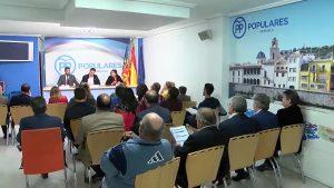 César Sánchez desembarca en la sede del PP de Orihuela