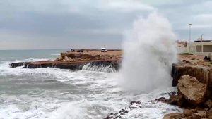 Torrevieja registra uno de los temporales más importantes de su historia