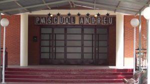 IU asegura que los centros escolares de Almoradí no tienen vigilancia policial