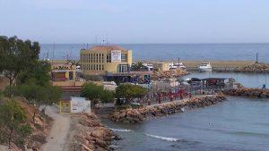 Empresarios de Cabo Roig quieren que se expulse a los manteros