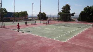 Redován clausura sus Escuelas Deportivas de Verano en la que han participado unos 300 niños