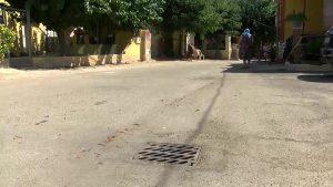 Los vecinos de Desamparados denuncian el embozamiento del alcantarillado