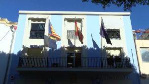 El Ayuntamiento de Cox y Labora actualizan el acuerdo de prestación de servicios