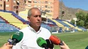 El árbitro decidirá si hay partido de fútbol este domingo en Los Arcos