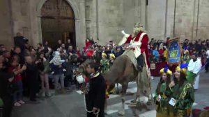Los Reyes Magos llenan de magia y regalos Orihuela