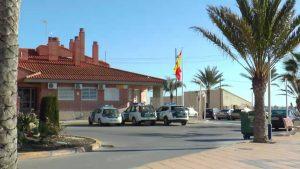 La Guardia Civil detiene en Orihuela Costa a dos peligrosos delincuentes