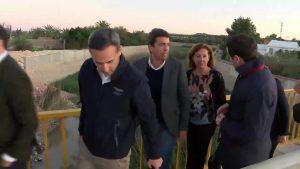 El secretario general del PP se reúne con regantes en Almoradí