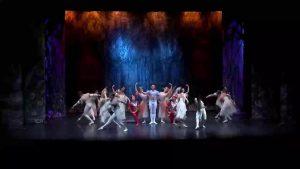 Ballet Nacional Ruso pone en escena «El lago de los cisnes» en el Auditorio de Torrevieja
