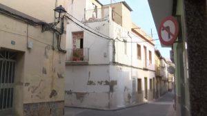 El Ayuntamiento de Callosa tabica una casa que estaba habitada de manera ilegal en el casco antiguo